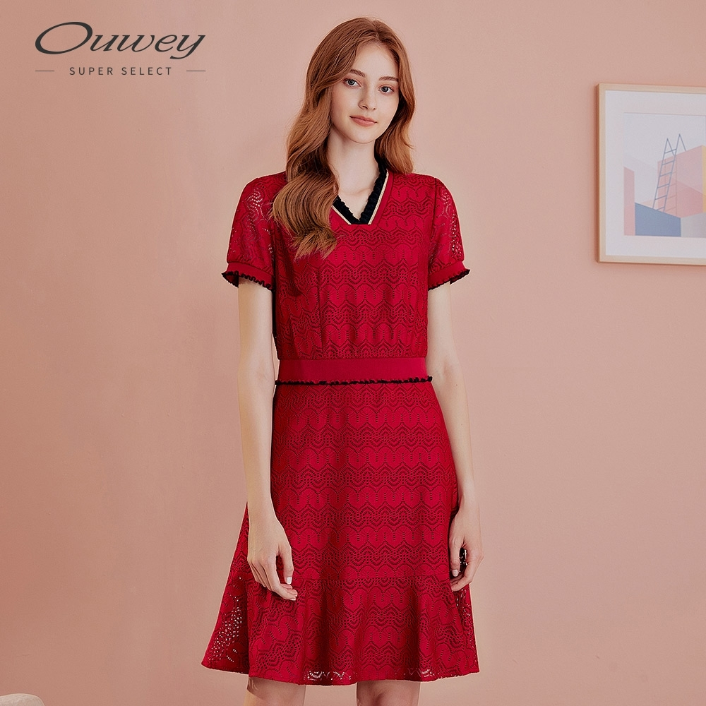 OUWEY歐薇 亮麗縷空蕾絲洋裝(紅)