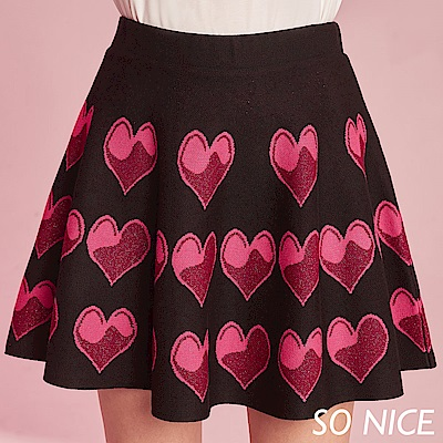 SO NICE俏麗愛心針織短裙
