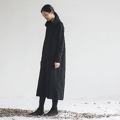 旅途原品_彼岸_原創設計H型高領羊毛翻領連衣裙-黑