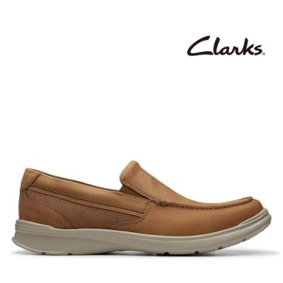 Clarks 樂活休閒 全皮面寬楦感套入式輕量便鞋 棕褐色