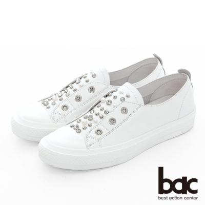 【bac】週末輕旅行 - 鉚釘鑽飾點綴懶人休閒鞋-白