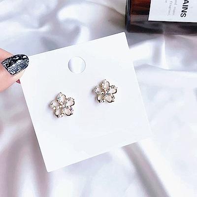 梨花HaNA  韓國925銀針閃閃點綴小花朵耳環
