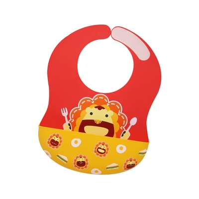 【MARCUS&MARCUS】動物樂園大口袋寬版矽膠立體圍兜-獅子