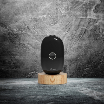 YFLife圓方生活 AIRmini小鯨瓶 項掛式隨身空氣淨化器