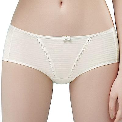 思薇爾 小冰冰純真風系列M-XL素面中低腰平口內褲(奶油色)