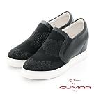 【CUMAR】休閒主義真皮排列鑽飾內增高休閒鞋-黑