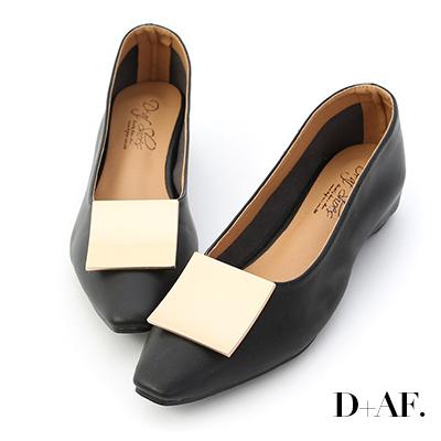 D+AF 品味美感.大方金釦內增高包鞋*黑