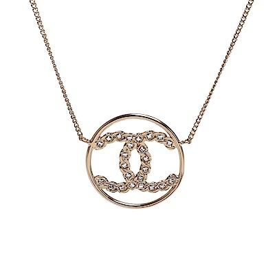 CHANEL 經典方鑽鑲飾雙C LOGO鏤空造型項鍊(金)