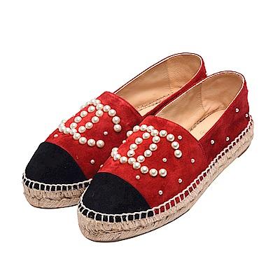CHANEL 經典Espadrilles小香LOGO珍珠綴飾麂皮鉛筆鞋(紅X黑)