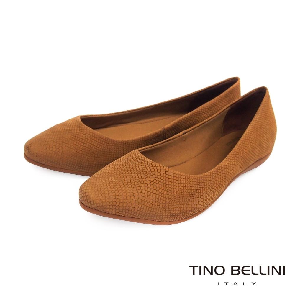 Tino Bellini巴西進口神祕蛇紋舒足平底鞋_棕