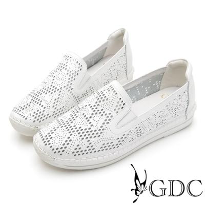 GDC-經典爆款簍空設計素色基本軟底舒適休閒鞋-白色