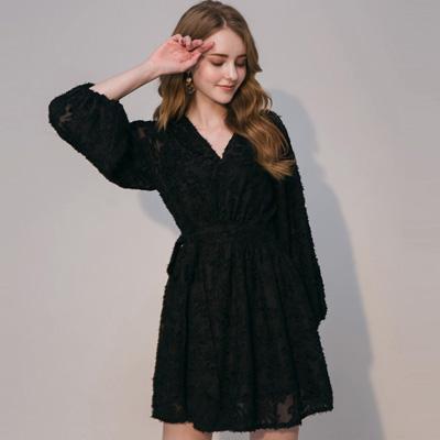 AIR SPACE 典雅燈籠袖綁帶洋裝(黑)
