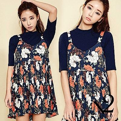 洋裝 V領碎花雪紡百褶吊帶裙(藍) N2