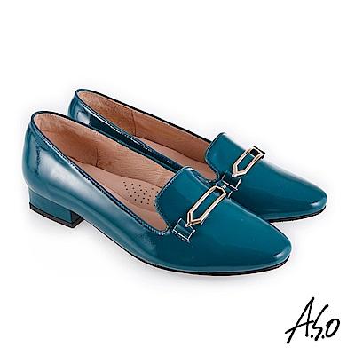 A.S.O 新式復古 嚴選鏡面羊皮金釦裝飾低跟鞋 正綠
