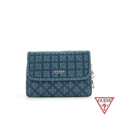 GUESS-女包-經典丹寧格紋鍊條斜背包-藍 原價3090