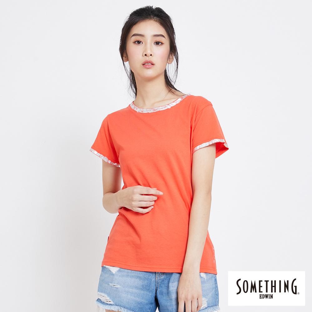 SOMETHING 燙箔質感圓領短袖T恤-女-桔紅