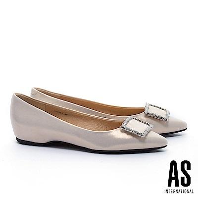 平底鞋 AS 奢華質感晶鑽方釦金屬羊皮內增高尖頭平底鞋-金