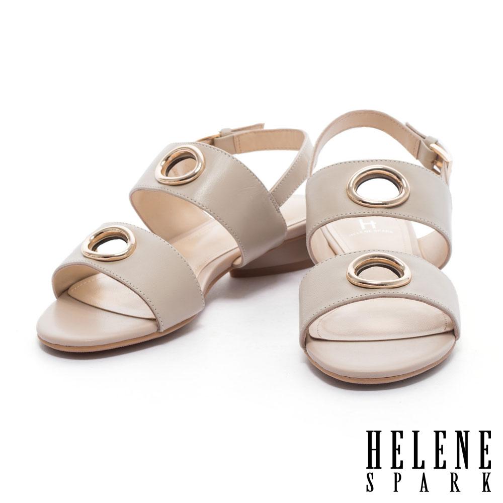 涼鞋 HELENE SPARK 簡約鏤空圓飾雙字帶繫帶羊皮低跟涼鞋-米
