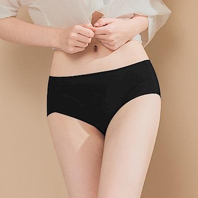 無痕透氣超健康竹炭包臀中腰M-XL內褲 衝擊濃黑 可蘭霓Clany