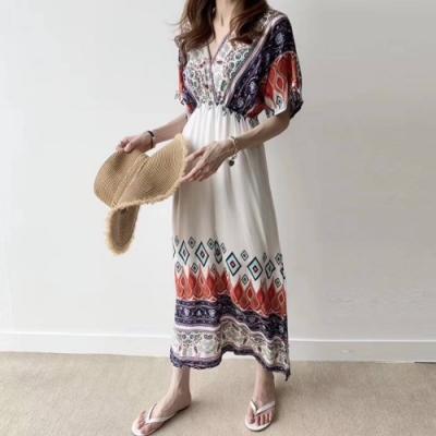 La Belleza民俗風深V菱形格變形蟲圖騰寬袖棉麻縮腰長洋裝
