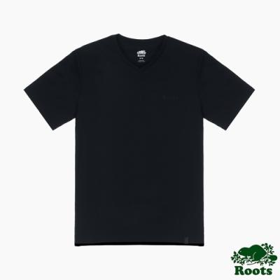 Roots男裝-摩登週間系列 簡約V領T恤-黑色