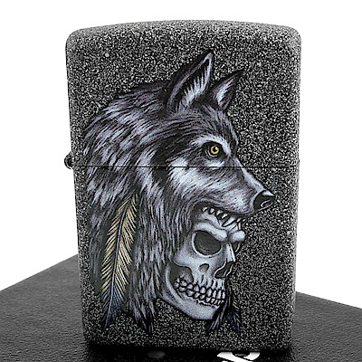 ZIPPO 美系~Wolf Skull Feather-狼-骷髏-羽毛圖案設計打火機
