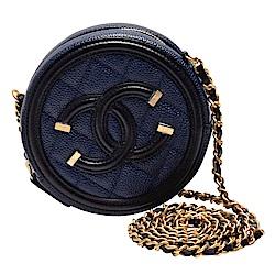 CHANEL 金色金屬釦飾邊皮革壓邊荔枝紋小牛皮圓型拉鍊斜背包(海軍藍X黑)