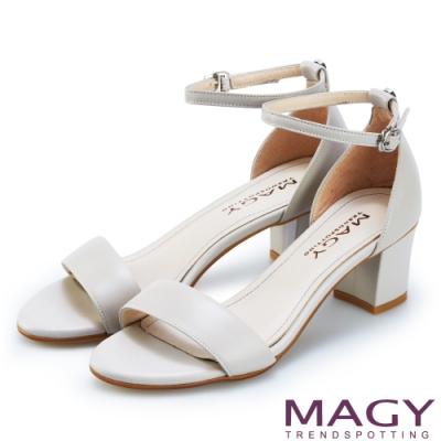 MAGY 牛皮一字繫踝繞帶後包粗跟 女 涼鞋 灰色