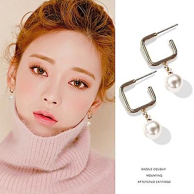 梨花HaNA 韓國925銀受歡迎方框七彩貝珠鑲飾女人味耳環