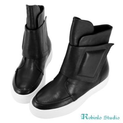 Robinlo 全真水紋牛皮魔鬼氈個性中靴 黑色