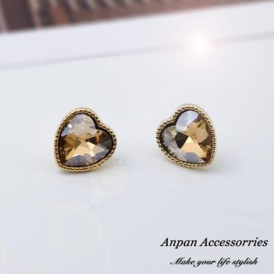 【Anpan 愛扮】韓東大門NYU彩色愛心925銀針耳釘式耳環