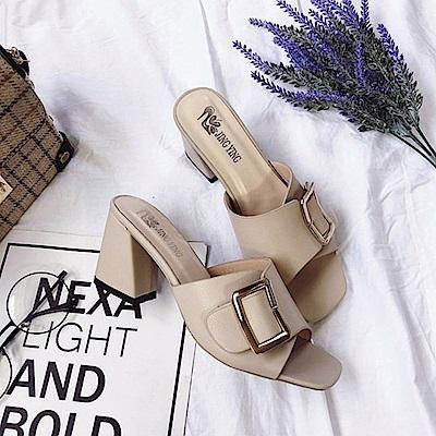 KEITH-WILL時尚鞋館 甜心精緻花朵粗跟鞋-米色