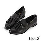 HERLS 都會美感 全真皮搖擺流蘇擦色樂福鞋-黑色