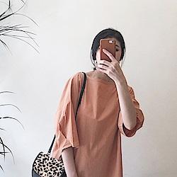 優雅氣質泡泡袖上衣-TMH