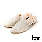 bac愛趣首爾 - 簡約尖頭素雅半包平底穆勒鞋-米色