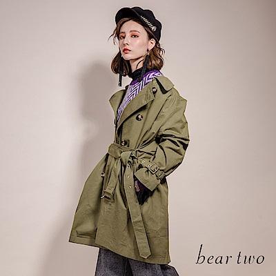 beartwo 時尚百搭翻領雙排扣中長款繫腰帶軍裝風風衣外套(2色)