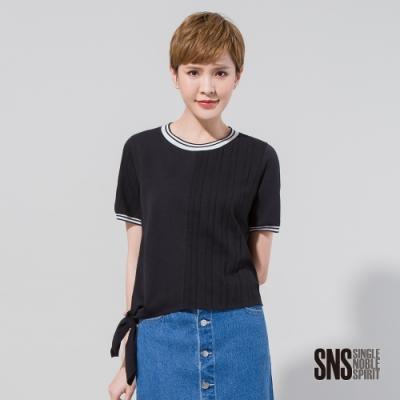 SNS 玩轉幾何鏤空條紋綁帶T恤(2色)