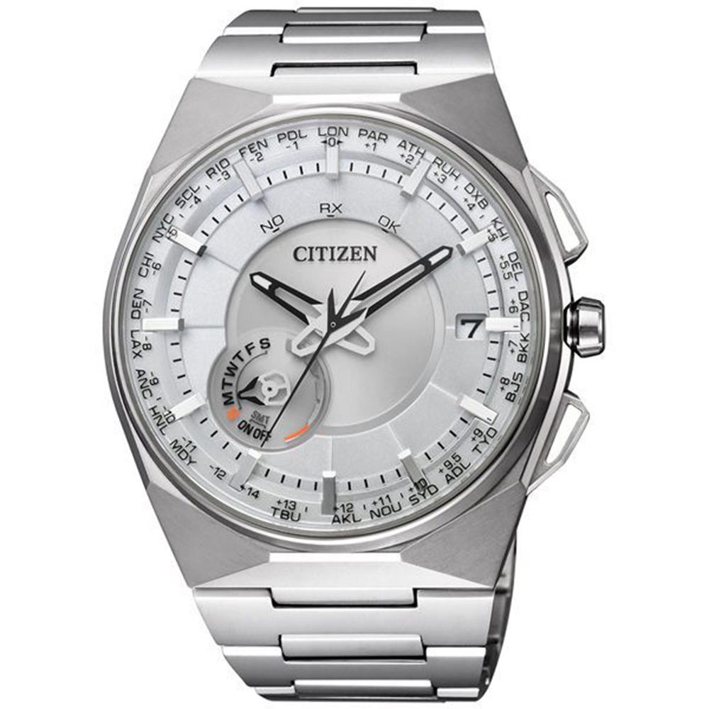 CITIZEN 星辰Eco-Drive 衝鋒衛星對時鈦金屬旗艦腕錶CC2001-57A
