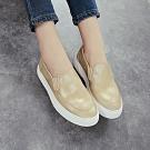 韓國KW美鞋館 (現貨+預購)-百搭造型配色鬆緊休閒鞋-金色