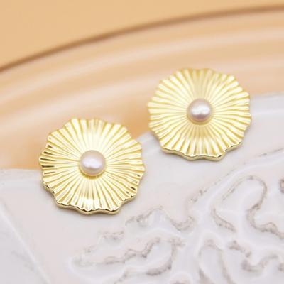 Gorjana 紋路金屬片珍珠耳環