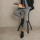 低調格紋直筒西裝休閒褲-OB大尺碼