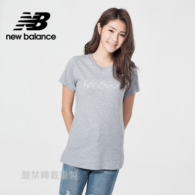 【New Balance】草寫品牌短袖T_女性_灰色_WT11808AG