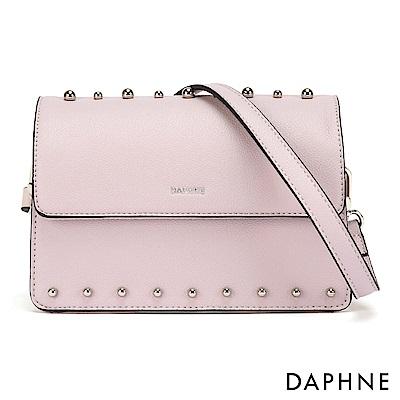 達芙妮DAPHNE-個性鉚釘時尚小方包-淺紫色