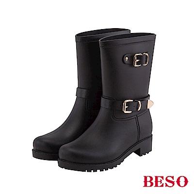 BESO 潮人街頭風 時髦帶釦霧面短筒雨靴~黑