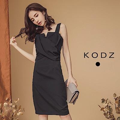 東京著衣-KODZ 女神LOOK設計感縮腰顯瘦洋裝-S.M.L(共一色)