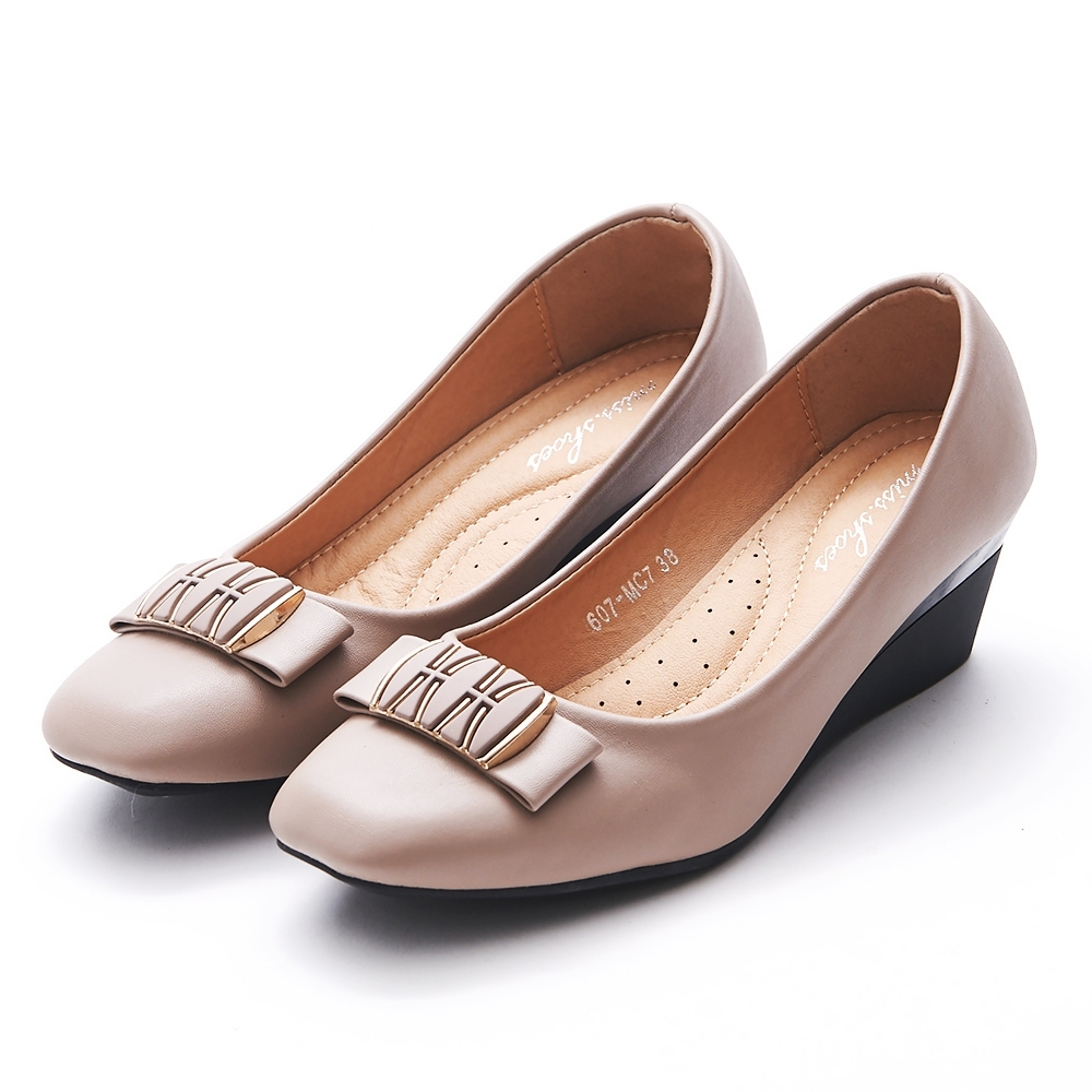 A one 方頭拼接金飾蝴蝶結坡跟楔型跟鞋-豆沙色