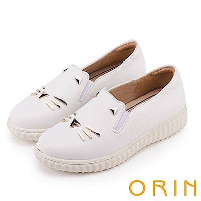 ORIN 甜美童趣 貓咪荔枝紋牛皮平底便鞋-白色