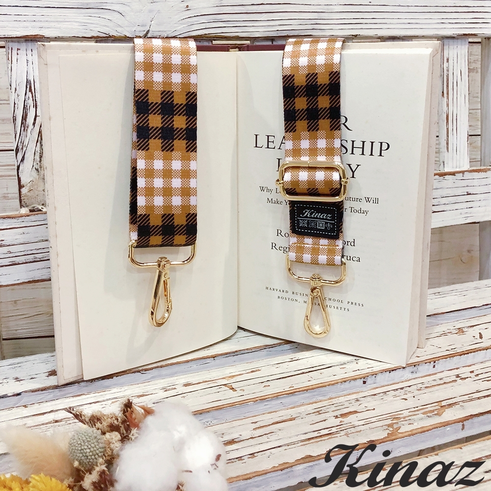 KINAZ 細格紋品牌質感寬版背帶-蜂蜜奶油-帶我走系列