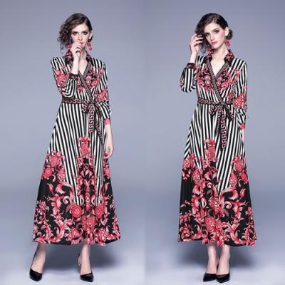 【KEITH-WILL】自在步調線條幾何修身洋裝-1色