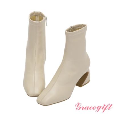 Grace gift X Jessica-聯名方頭車線馬蹄跟短靴 米白